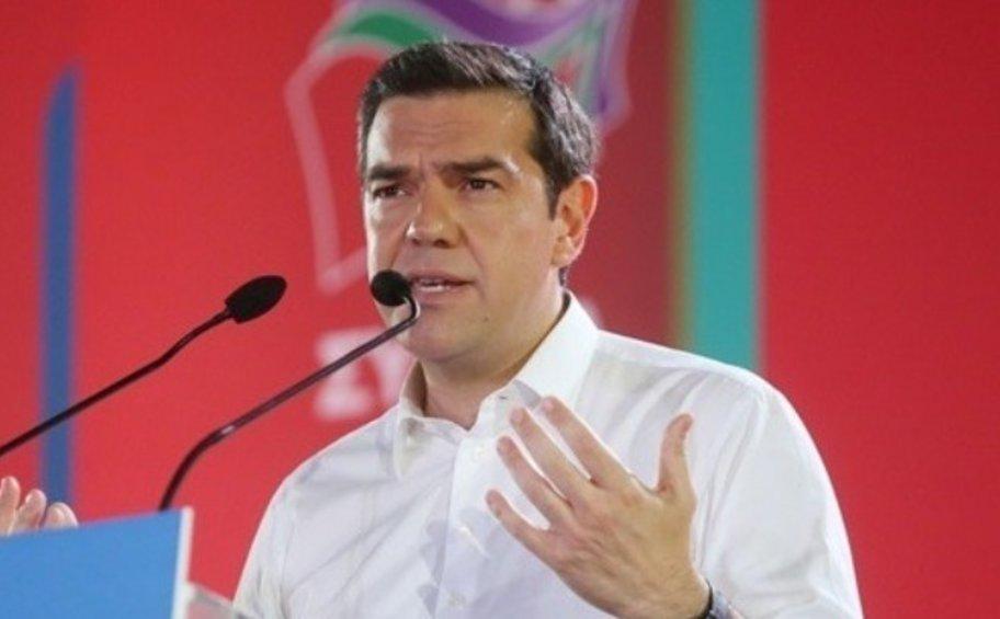 Τσίπρας: Καλώ τους δημοκρατικούς πολίτες να πάρουν τον ΣΥΡΙΖΑ στα χέρια τους
