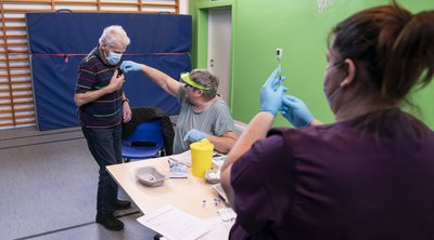 Δανία: Η παραλλαγή του κορωνοϊού εξαπλώνεται παρότι η επιδημία υποχωρεί