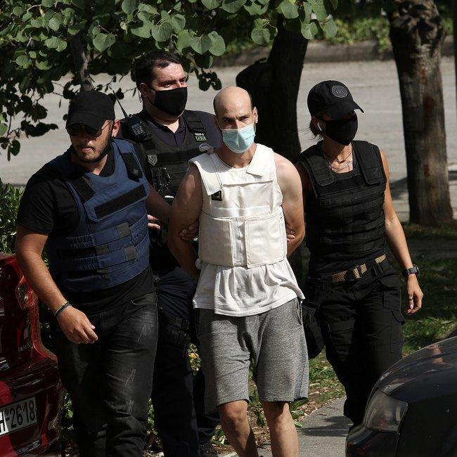 Δίωξη για 2 κακουργήματα στον 35χρονο Βούλγαρο για το βιασμό της καθαρίστριας στα Πετράλωνα